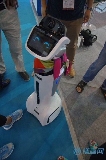 盘点2015年南京软博会上那些令人惊艳的智能硬件产品12