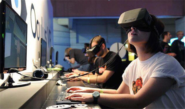 外媒撂大话!中国将成为全球VR市场发展中心