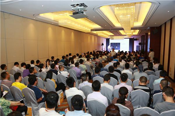 还在叫苦VR/AR资本寒冬?中国VR/AR产业高峰论坛告诉你清流在哪