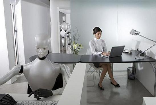 拥有了自主意识,机器人陪你侃天侃地!