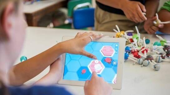 我们梳理了一下VR教育,感觉它将会是下一个蓝海