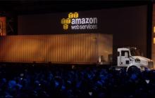 亚马逊推出全球最大移动硬盘:18轮数据卡车