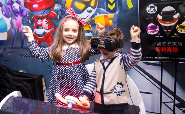 VR线下体验店群雄并起,超级队长为何能靠IP突围?