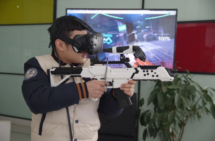 2016 VR年终大趴行业大佬齐聚,共同探讨AR、VR的商业化道路之变
