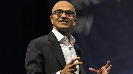 微软CEO谈聊天机器人商业应用:先关注一下保险业