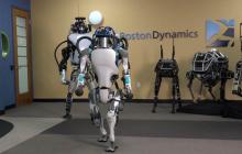 """千奇百怪的陆地机器人,都是怎么""""跑""""起来的?"""