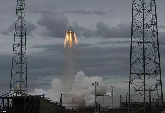 绕月飞行维生系统进展如何?美国人准备好了吗