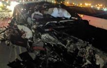 有位特斯拉Model X车主在发生车祸后表示,对这个车真是又爱又恨