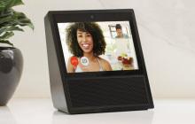 亚马逊给Echo音箱配备了显示屏,可通过Alexa Calling进行音视频通话