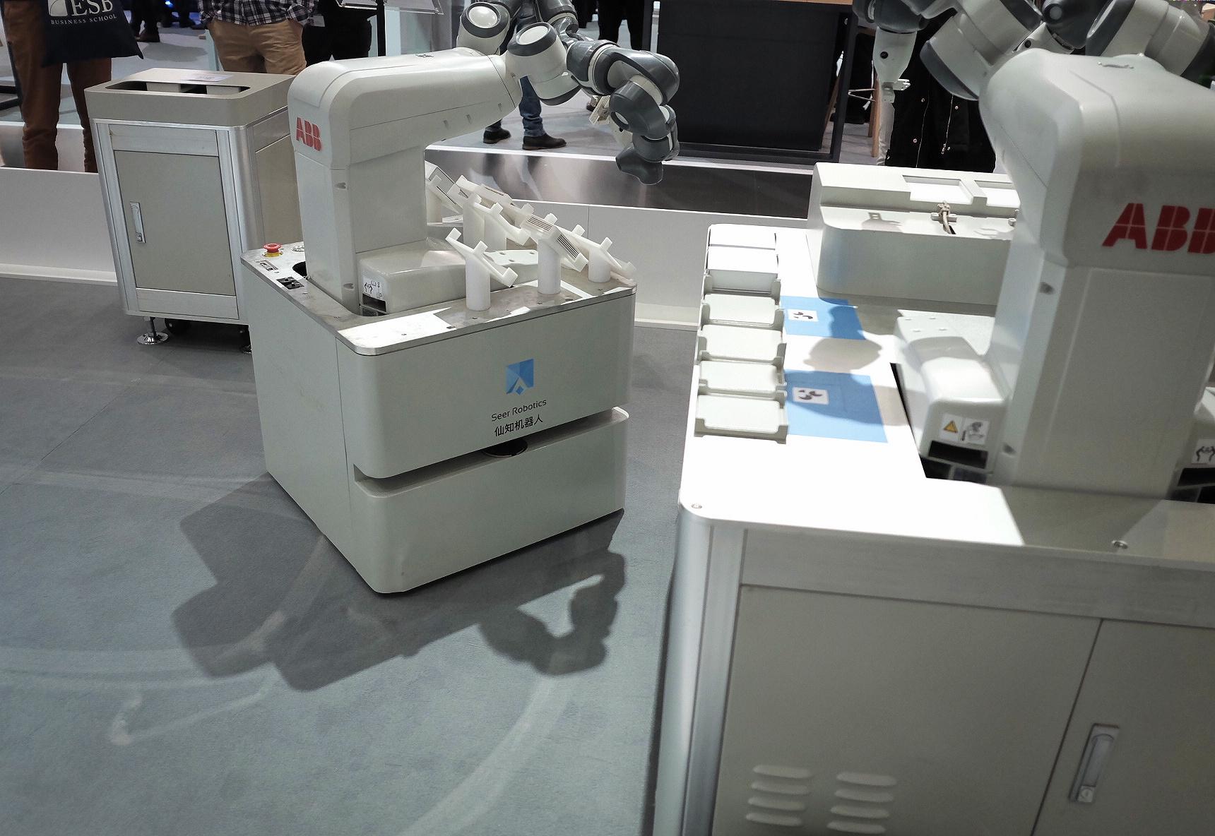仙知机器人赵越:能友好工作的机器人才能真正的为人类服务