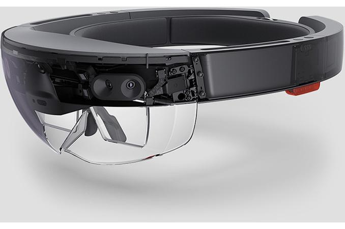 京东从21日起彻底封杀天天与百世快递;英特尔将停产HoloLens使用的Atom芯片