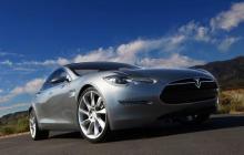 特斯拉解锁对汽车电池容量的软件限制,以帮助用户逃离飓风危险