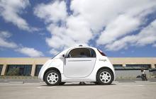 考虑到安全问题,谷歌无人车放弃自动辅助驾驶功能