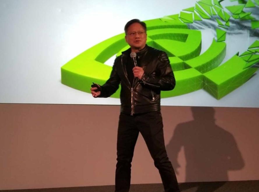 HTC Daydream一体机已流产;华硕联手腾讯发布首款智能机器人