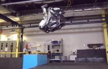 """旋转跳跃加后空翻,波士顿动力机器人Atlas的""""变态程度""""又升级了"""