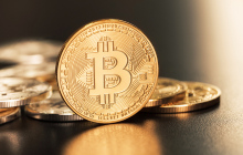 央行副行长:应禁止虚拟货币集中交易