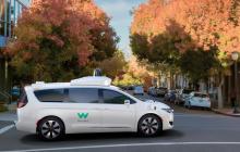 Waymo宣布今年在凤凰城推出自动驾驶汽车打车服务,此前已获得商业执照