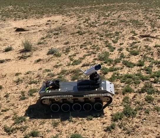 天启造物王天尊:瞄准荒漠治理亿级市场,打造集群化种植机器人