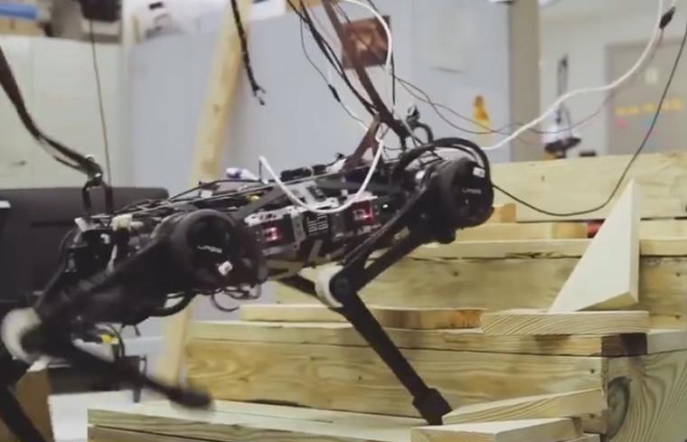 麻省理工研发出不靠视觉就能移动机器人,可代替人类进入危险区域