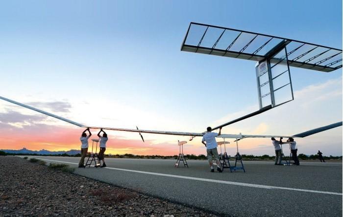 空客新款太阳能无人机刷新纪录,可持续飞行25多天