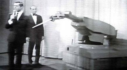 第一个发明制造机器人的是谁?