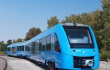 全球首例氢燃料电池列车投入商用,可搭载300名乘客