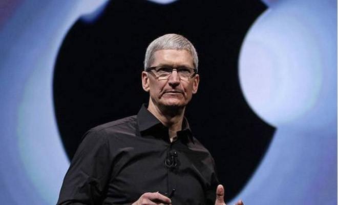 苹果慌了,从死不承认到主动降价,库克只用了4个月