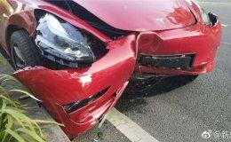 特斯拉Model 3遭遇中国首撞,只因加速太快