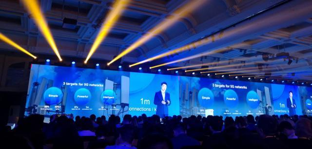 华为全球分析师大会开幕,公布40个5G商用合同成果,推出Tech4All计划,华为称已进入无人区