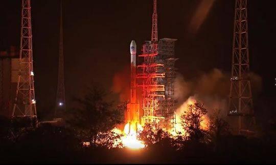 中国成功发射第45颗北斗导航卫星;Facebook COO称分拆科技公司解决不了问题
